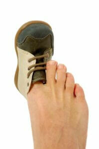 shoe-fitting-tips-toe