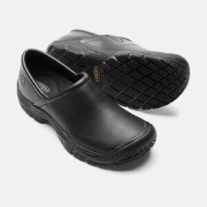 db0debe6276 Chef Shoes - Protecting Your Feet in the Kitchen - Shoe Guide