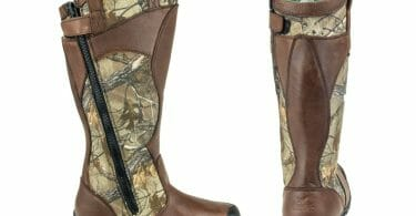 Thorogood snake boot detailed images of side zipper and rear heel of boot with mossy oak break up pattern