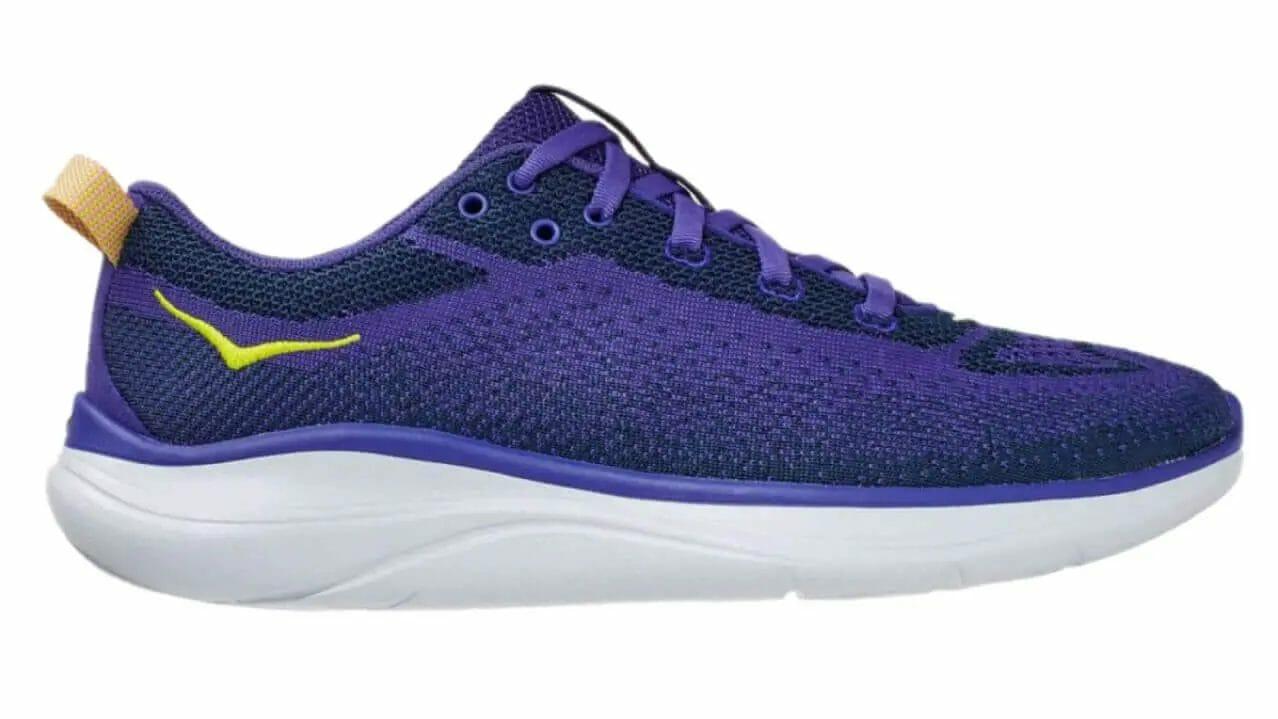 Profile of the HokaOneOne Hupana Flow workout shoe with maximum cushioning.