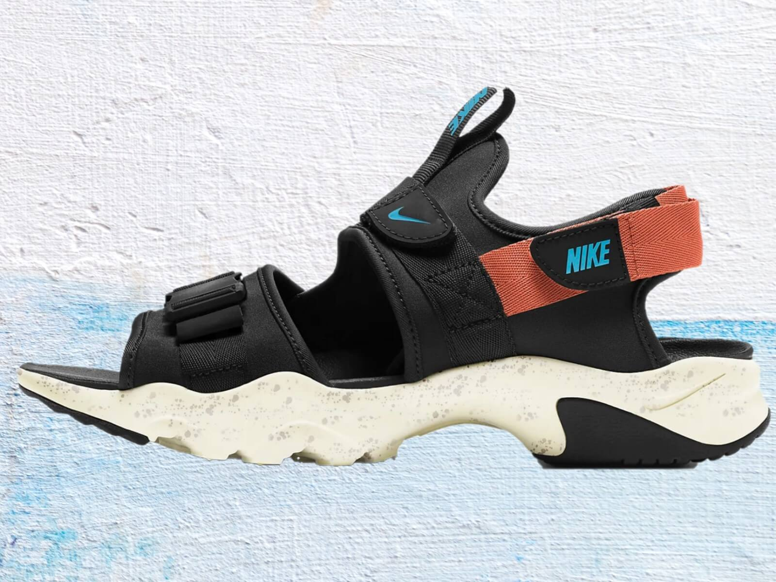 Side view of the Nike canyon men's sandal